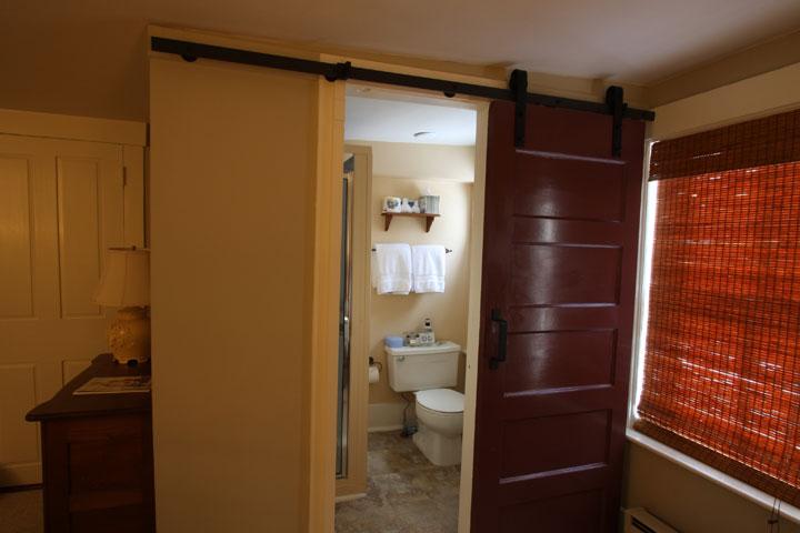 Eileen Bathroom 2 | Follansbee Inn, Lake Sunapee, NH