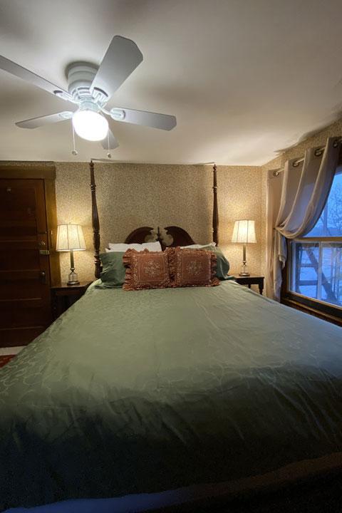 Olivia Bed 6 | Follansbee Inn, Lake Sunapee, NH