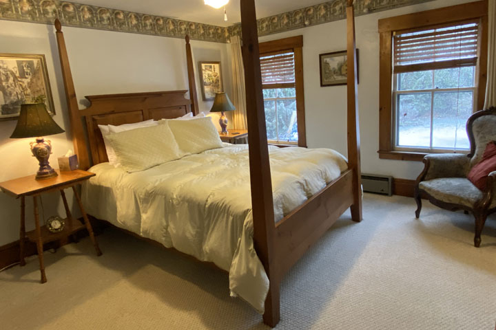 Celia Bed 1 | Follansbee Inn, Lake Sunapee, NH