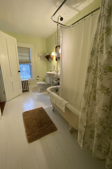 Celia Bathroom 2 | Follansbee Inn, Lake Sunapee, NH