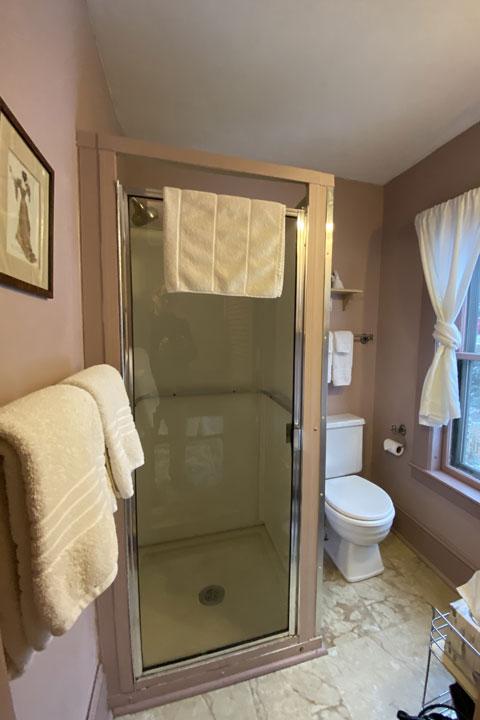 Deborah Ann Bathroom | Follansbee Inn, Lake Sunapee, NH