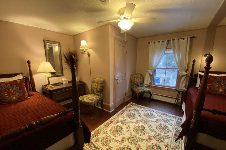 Deborah Ann Bed 3 | Follansbee Inn, Lake Sunapee, NH