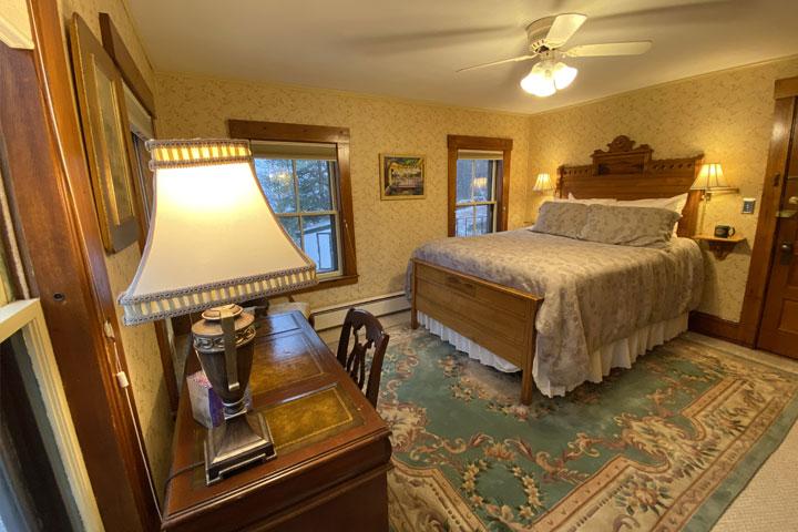 Jean Room Bed 4 | Follansbee Inn, Lake Sunapee, NH