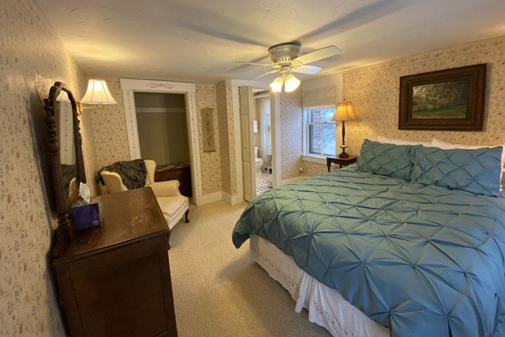 Nancy Bed 2 | Follansbee Inn, Lake Sunapee, NH