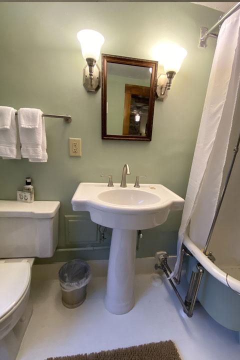 Parker Bathroom 3 | Follansbee Inn, Lake Sunapee, NH