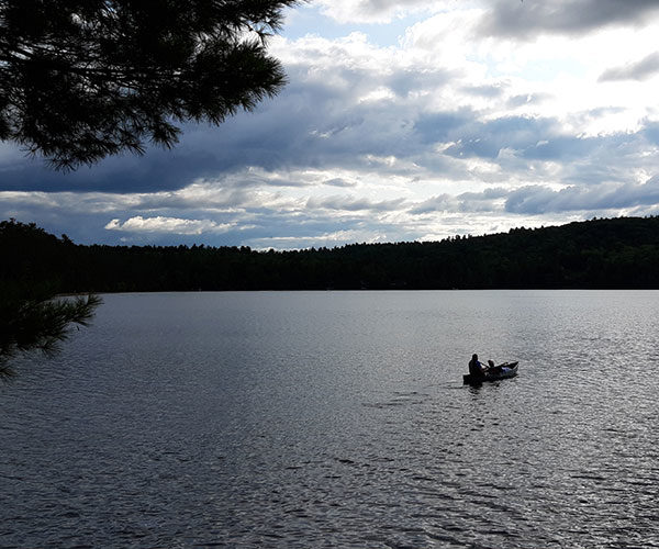 Boat on the lake | Follansbee Inn, Kazer Lake, NH