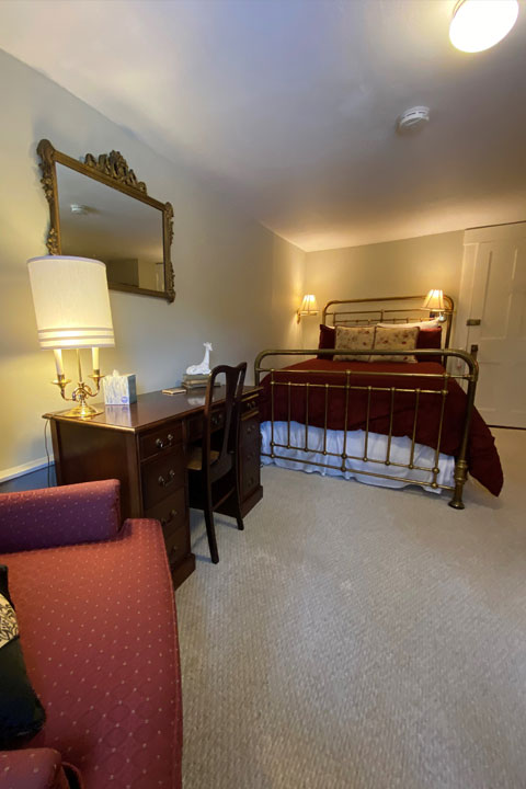 Eileen Bed 2 | Follansbee Inn, Lake Sunapee, NH