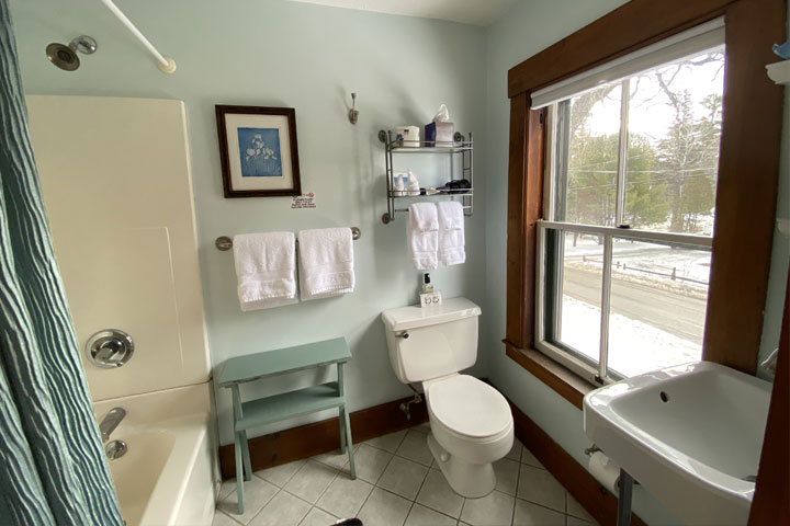 Jennifer Bathroom | Follansbee Inn, Lake Sunapee, NH